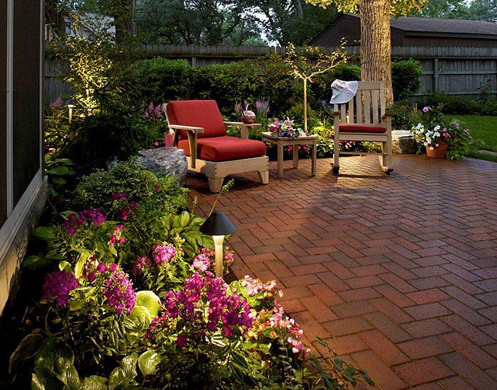 agencement du mobilier de jardin