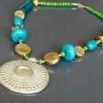 Les bijoux ethniques ont-ils forcément une connotation religieuse ?