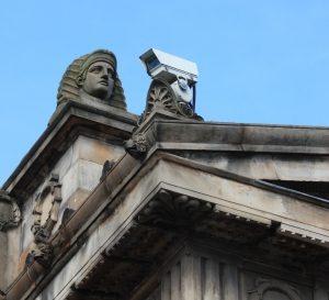 L'appartement a également besoin de la vidéosurveillance