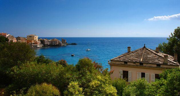 5 bonnes raisons de voyager dans le grand Bastia pour des vacances entre amis