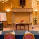 Accédez à la recherche avancée de salles de séminaire en France