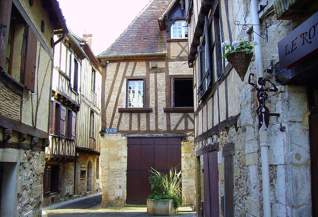 Visitez Bergerac grâce à une location de gite dans les environs