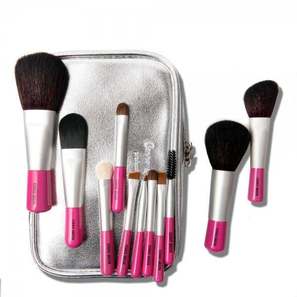 Guide des pinceaux maquillage à posséder absolument pour son maquillage