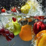 Pourquoi l'eau contribue-t-elle à l'équilibre alimentaire ?